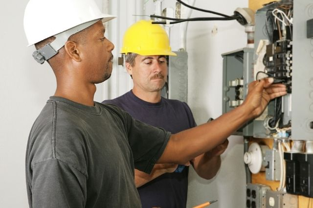 residential and commercial electrician